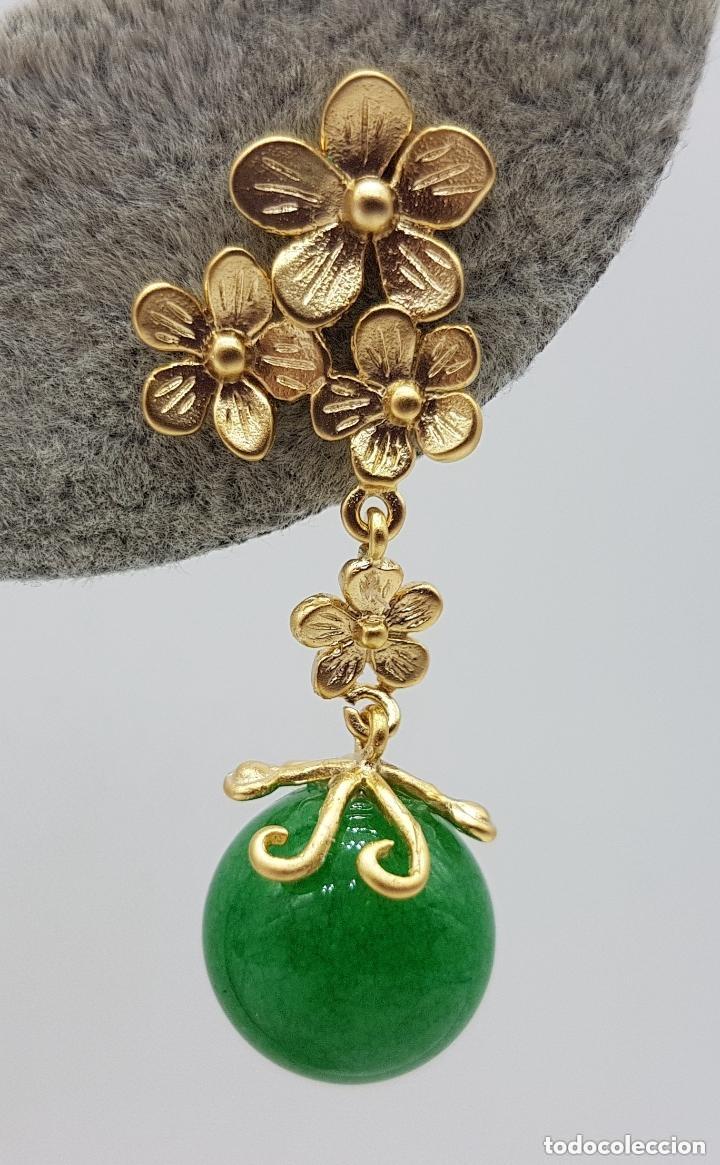 Joyeria: Preciosos pendientes de diseño en plata de ley chapada en oro de 18 quilates con cabujones de jade. - Foto 6 - 166900108
