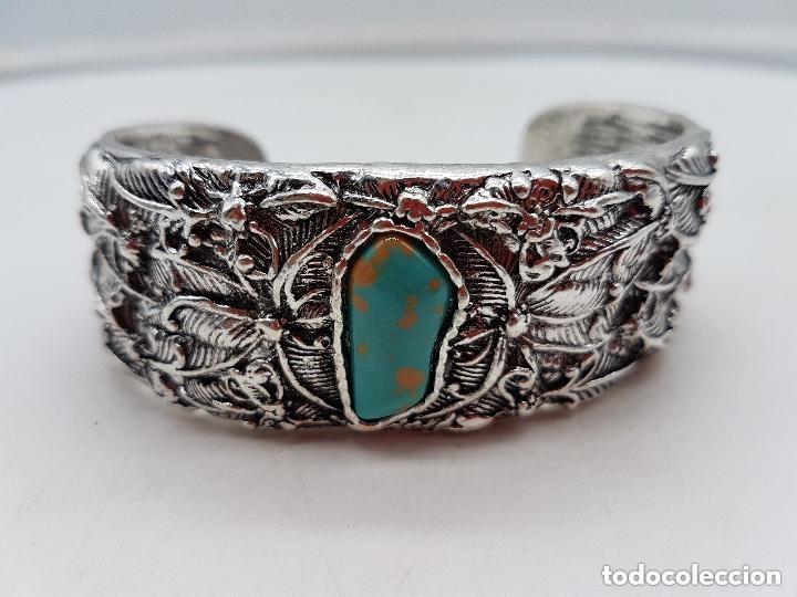 Joyeria: Precioso brazalete vintage de diseño florar en metal plateado. - Foto 2 - 166903920
