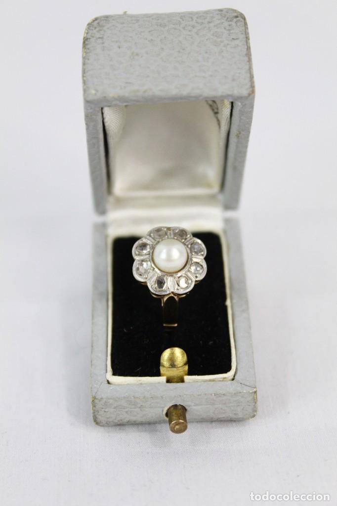 Joyeria: Espectacular anillo rosetón años 1900. Ocho diamantes talla rosa, perla natural. Oro de 18. - Foto 4 - 167247016