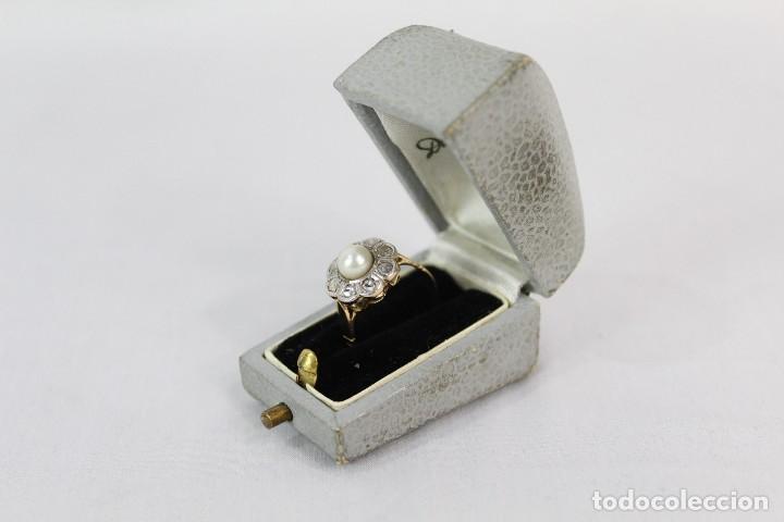 Joyeria: Espectacular anillo rosetón años 1900. Ocho diamantes talla rosa, perla natural. Oro de 18. - Foto 5 - 167247016