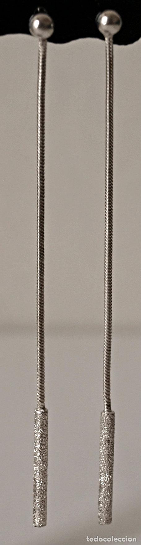PENDIENTES LARGOS DE PLATA DE LEY CONTRASTADA. 8,4 CM LARGO APROX. VER FOTOS Y DESCRIPCION (Joyería - Pendientes Antiguos)