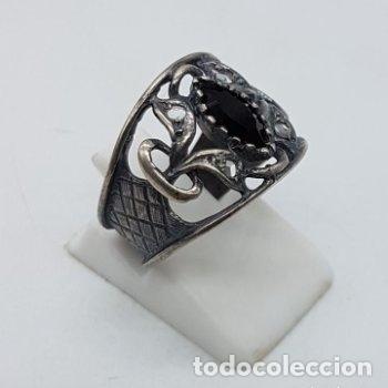 Joyeria: Precioso anillo antiguo isabelino en plata de ley contrastada de diseño calado con onix engarzado. - Foto 3 - 167924492