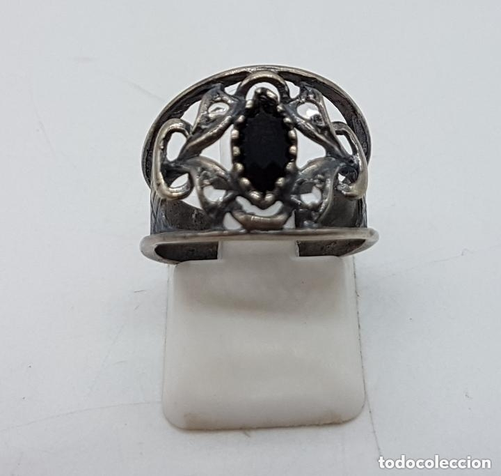 Joyeria: Precioso anillo antiguo isabelino en plata de ley contrastada de diseño calado con onix engarzado. - Foto 4 - 167924492