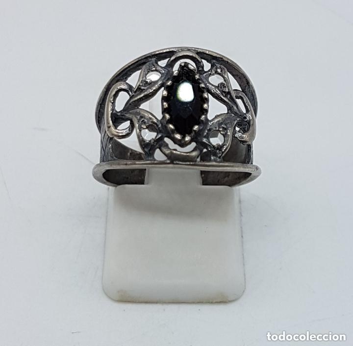 Joyeria: Precioso anillo antiguo isabelino en plata de ley contrastada de diseño calado con onix engarzado. - Foto 5 - 167924492
