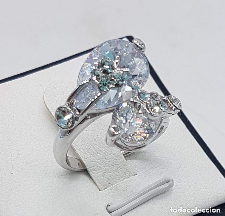 Joyeria: Precioso anillo con formas modernistas con baño de plata de ley y circonitas. - Foto 3 - 168151980