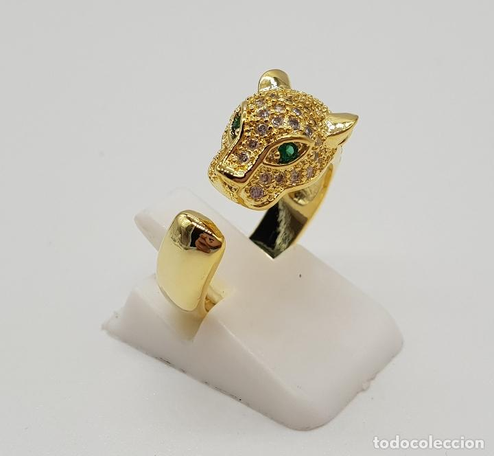 Joyeria: Sortija de lujo tipo Cartier, acabado en oro de 18k, esmeraldas y pave de circonitas talla brillante - Foto 2 - 184187595
