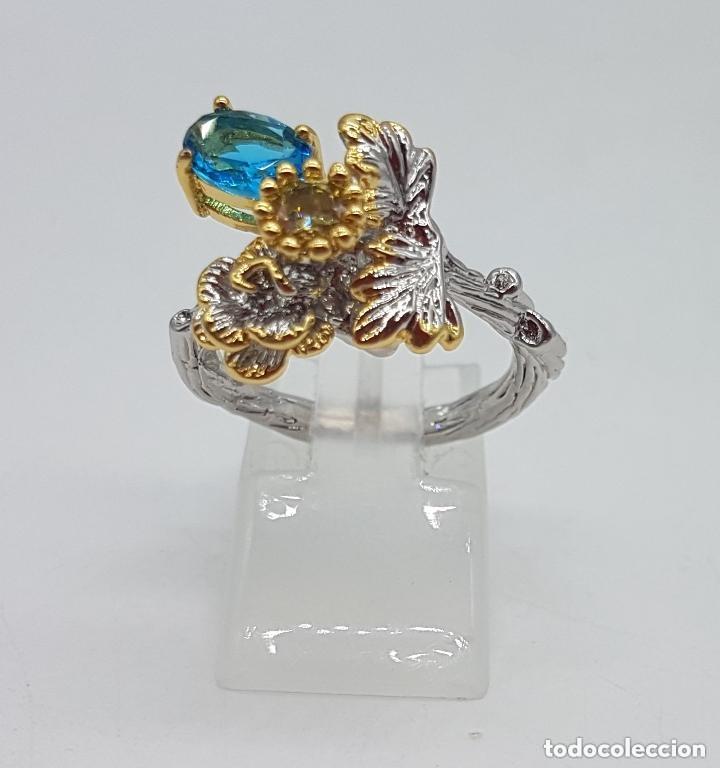 Joyeria: Bello anillo de diseño floral, baño de oro y plata con pequeños topacio azul y citrino. - Foto 3 - 168211708