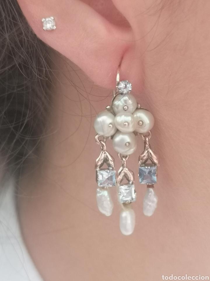 Joyeria: Pendientes isabelinos antiguos de oro, topacios azules y perlas. - Foto 2 - 168716644