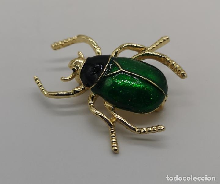 Joyeria: Bello broche de escarabajo estilo art decó con acabados en oro de 14k y esmaltes al fuego . - Foto 4 - 231379935
