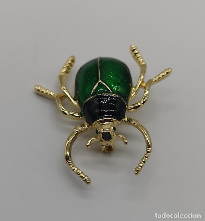 Joyeria: Bello broche de escarabajo estilo art decó con acabados en oro de 14k y esmaltes al fuego . - Foto 5 - 231379935