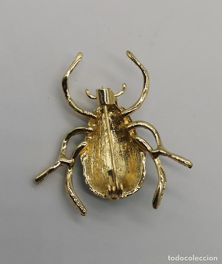 Joyeria: Bello broche de escarabajo estilo art decó con acabados en oro de 14k y esmaltes al fuego . - Foto 7 - 231379935