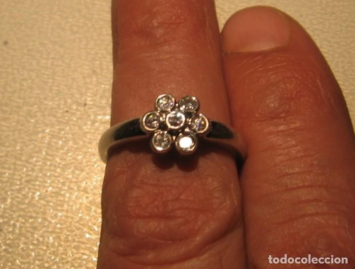Joyeria: Anillo de plata contrastado 925 V1 con rosetón de circonitas cúbicas. - Foto 2 - 169879640