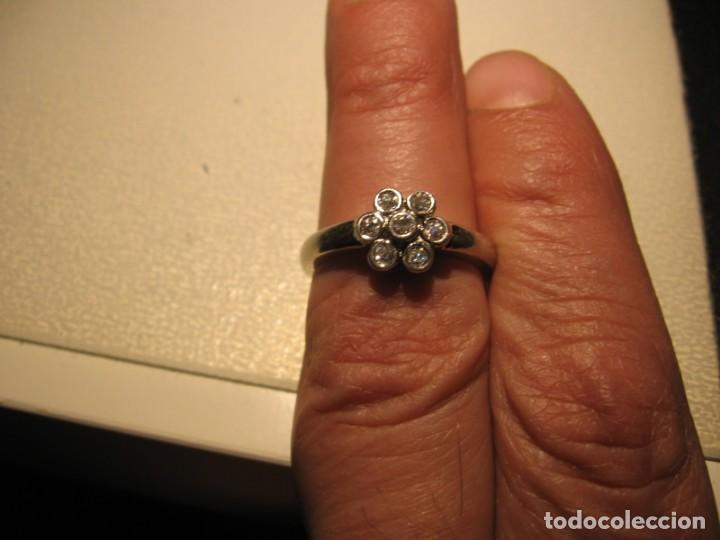 Joyeria: Anillo de plata contrastado 925 V1 con rosetón de circonitas cúbicas. - Foto 4 - 169879640