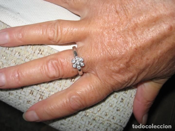 Joyeria: Anillo de plata contrastado 925 V1 con rosetón de circonitas cúbicas. - Foto 5 - 169879640