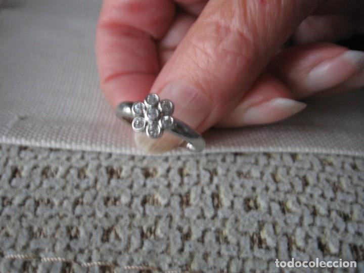 Joyeria: Anillo de plata contrastado 925 V1 con rosetón de circonitas cúbicas. - Foto 11 - 169879640