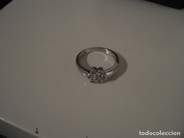 Joyeria: Anillo de plata contrastado 925 V1 con rosetón de circonitas cúbicas. - Foto 14 - 169879640