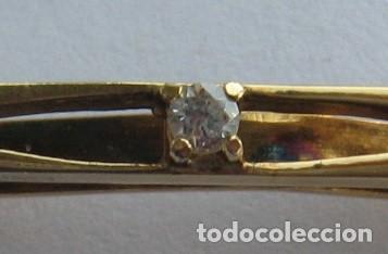 Joyeria: Pasador de corbata de plata con baño de oro y circonita cúbica central - Foto 6 - 169881108