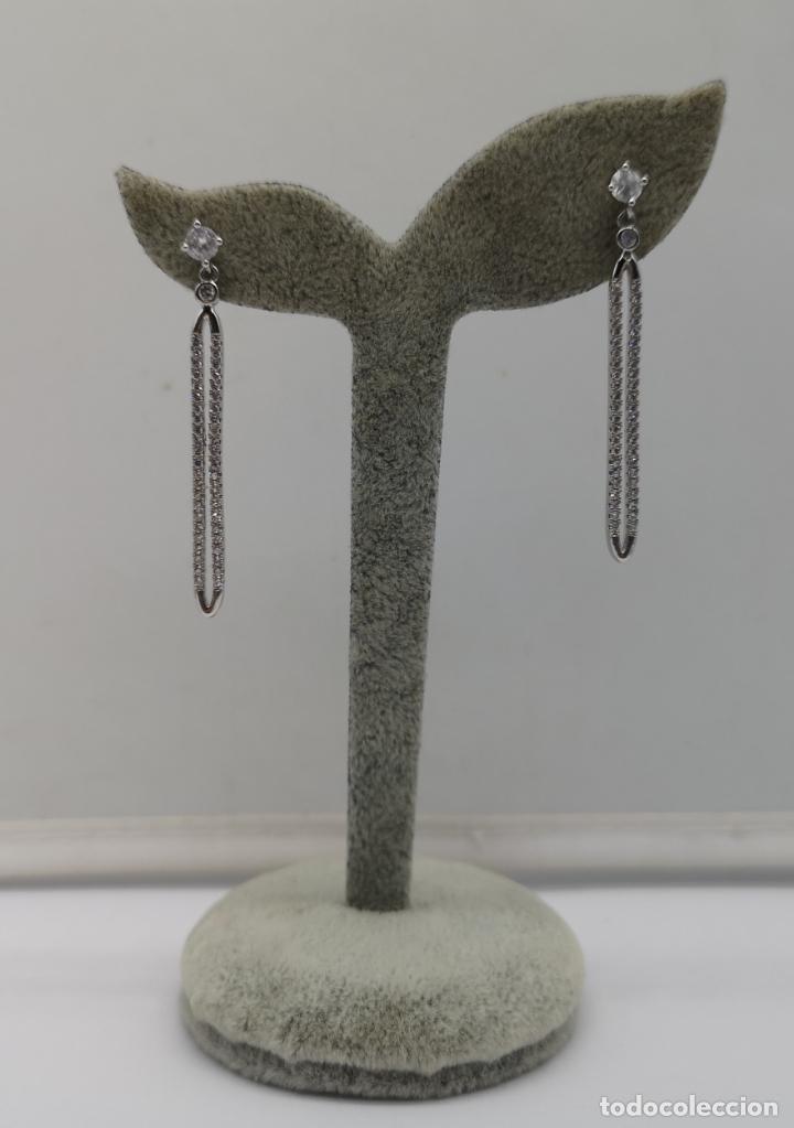 Joyeria: Elegantes pendientes de estilo nupcial en plata de ley, acabado en oro blanco y pavé de circonitas . - Foto 5 - 170380752