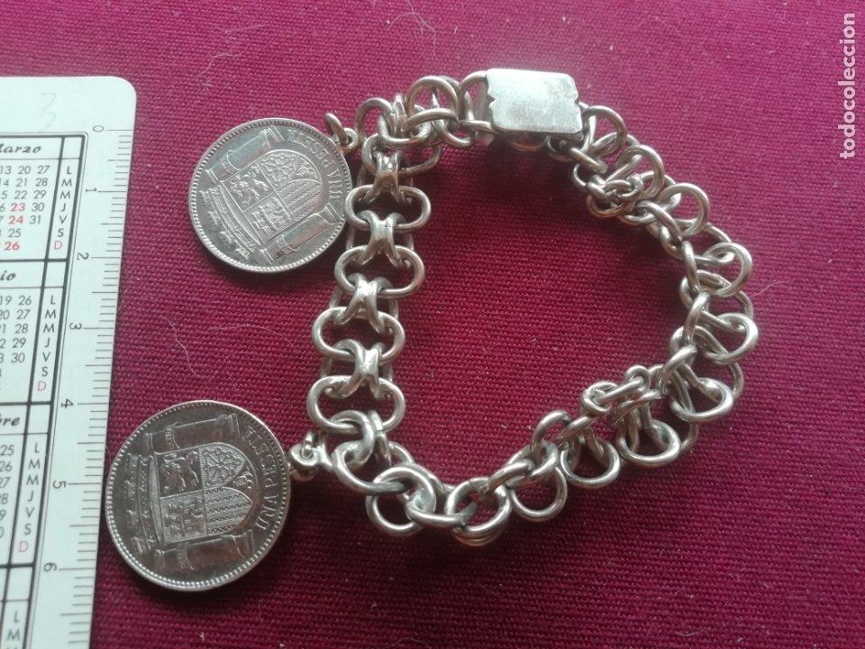 Joyeria: Pulsera de plata antigua. Monedas de peseta de la II República de plata - Foto 2 - 173005499