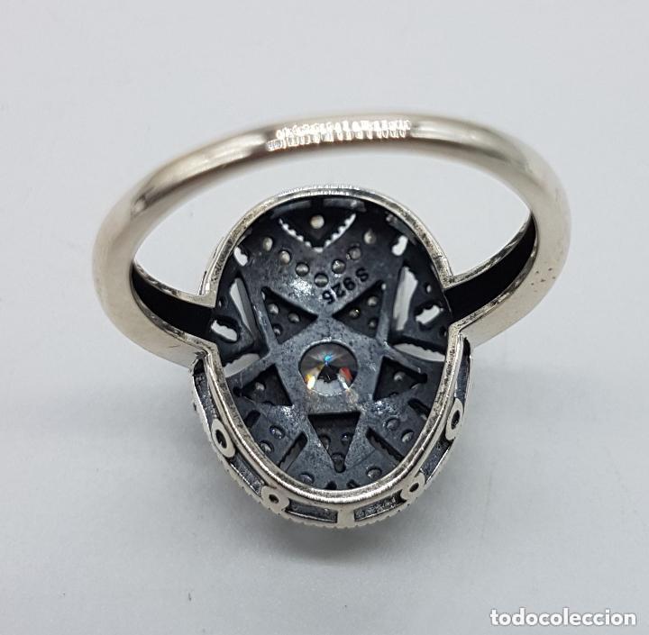 Joyeria: Precioso anillo en plata de ley ovalado, cincelado con forma de estrella y circonitas engarzadas . - Foto 5 - 173790150