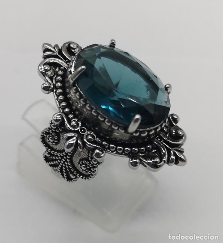 Joyeria: Magnífico anillo de estilo gótico con acabado en plata de vieja y cristal austriaco azul talla oval - Foto 4 - 275614268