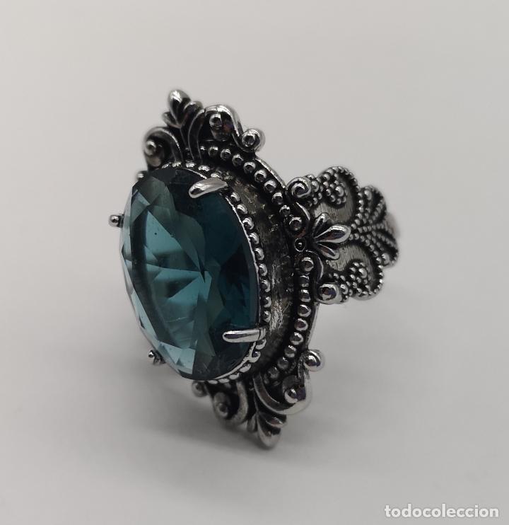 Joyeria: Magnífico anillo de estilo gótico con acabado en plata de vieja y cristal austriaco azul talla oval - Foto 8 - 275614268