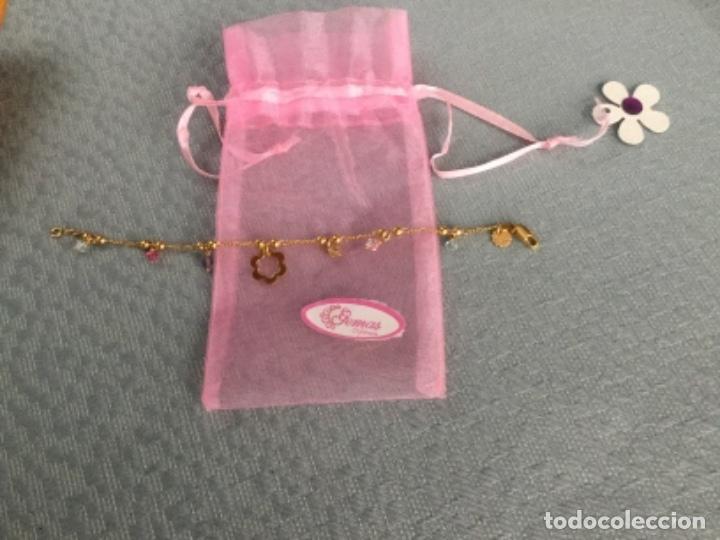 Joyeria: Pulsera de oro laminado de 18 kilates con colgantes y contraste de autenticidad Mide 18 cm. largo. - Foto 9 - 175076707