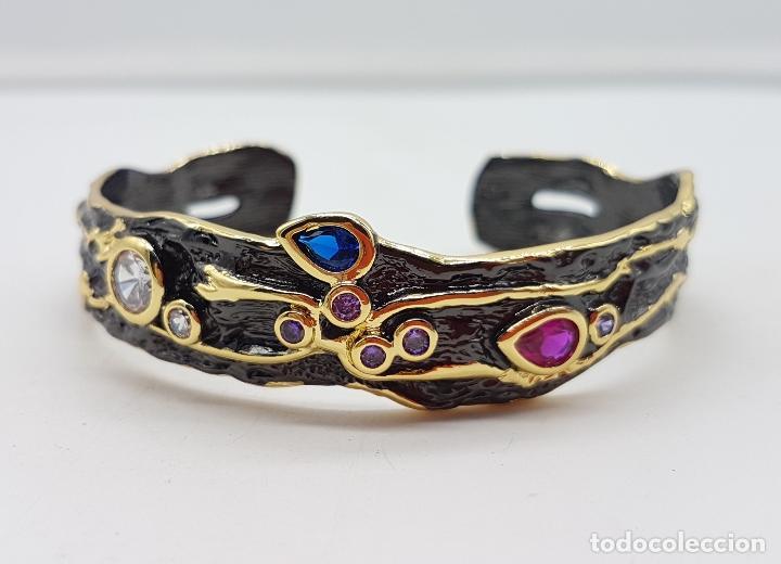 Joyeria: Original brazalete vintage de estilo gótico laminado en oro de 18k con turmalinas incrustadas . - Foto 2 - 230444080