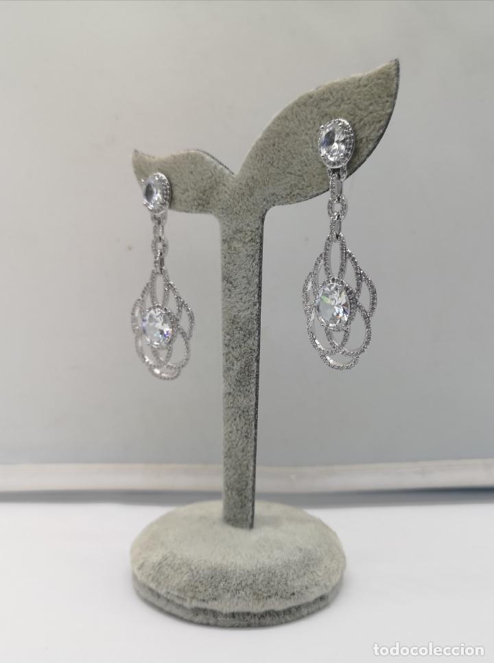 Joyeria: Magníficos pendientes de lujo para novias, en plata de ley laminada y pavé de circonitas . - Foto 4 - 176980944