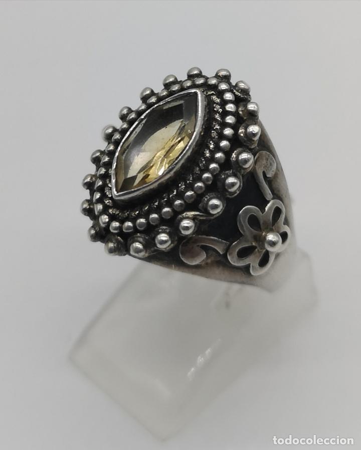 Joyeria: Impresionante anillo antiguo de estilo rococó en plata de ley con citrino talla marqués incrustado . - Foto 2 - 177456034
