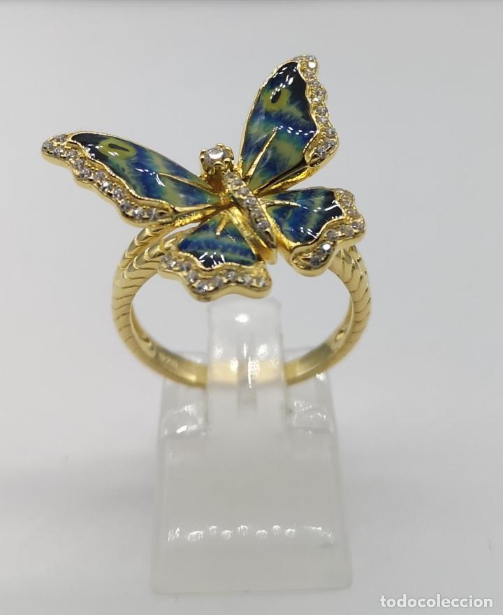 Joyeria: Magnífico anillo con mariposa realista en plata de ley, acabado en oro de 18k, circonitas y esmalte - Foto 5 - 261993115