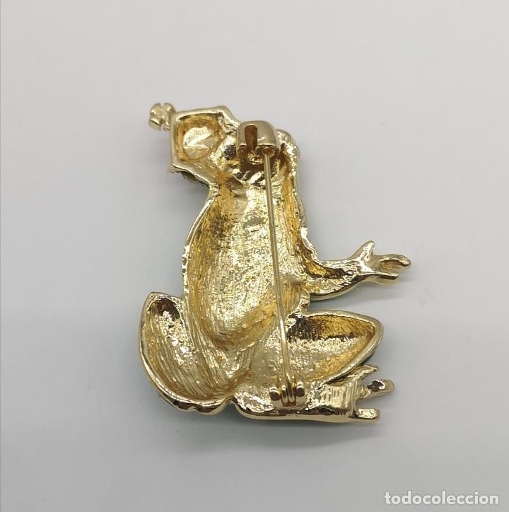Joyeria: Bello broche de estilo vintage, principe rana con baño de oro, esmaltes y circonitas talla brillante - Foto 5 - 266155783