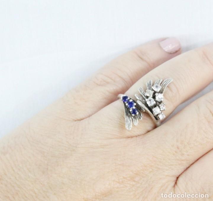 Joyeria: Precioso anillo pps s XX en plata diseño elegante y bellísimo. Cristales engarzados. - Foto 4 - 177477599