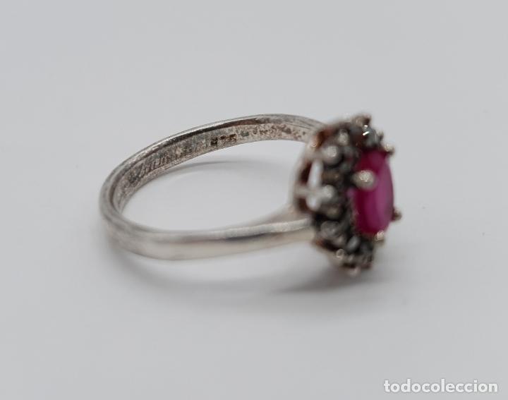 Joyeria: Anillo antiguo de estilo Victoriano en plata de ley, marquesitas y rubí talla oval . - Foto 5 - 177870305