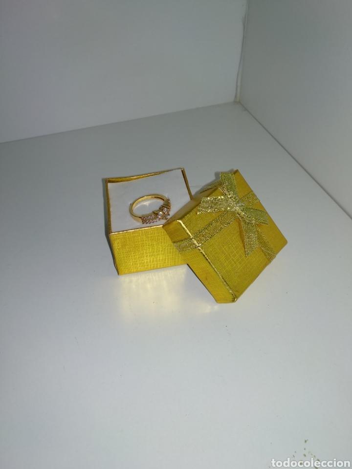 Joyeria: Anillo de oro laminado con piedras artificiales, - Foto 4 - 178717173
