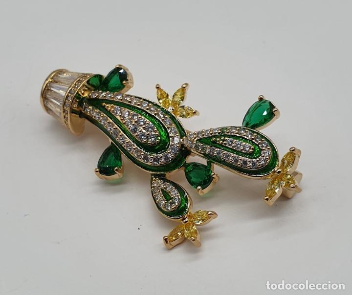 Joyeria: Elegante broche de lujo, cactus chapado en oro de 18k, circonitas, esmaltes, y pedrería engarzada . - Foto 7 - 179016108