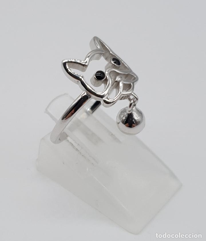 Joyeria: Simpatico anillo en plata de ley con la silueta de perro y dije de cascabel en plata de ley 925 . - Foto 4 - 179018270