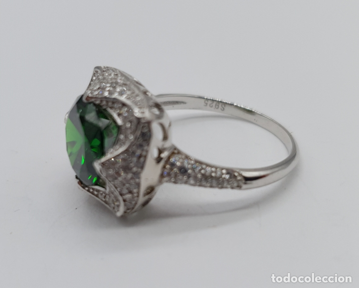 Joyeria: Impresionante anillo de lujo en plata de ley contrastada, pavé de circonitas y esmeralda creada . - Foto 6 - 179039402