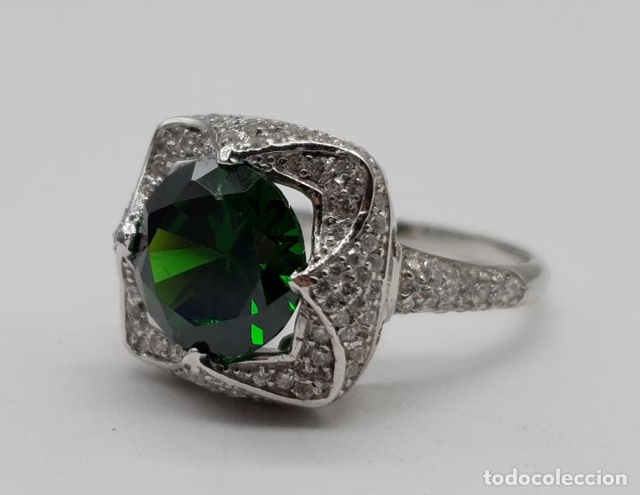 Joyeria: Impresionante anillo de lujo en plata de ley contrastada, pavé de circonitas y esmeralda creada . - Foto 7 - 179039402