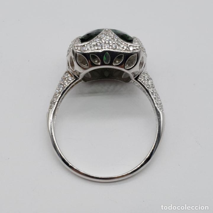 Joyeria: Impresionante anillo de lujo en plata de ley contrastada, pavé de circonitas y esmeralda creada . - Foto 8 - 179039402