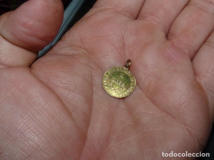 Joyeria: Rarisima edalla de nacimiento 1865 plata bañada en oro Maria del Carmen del Regato y Laso - Foto 3 - 180038230