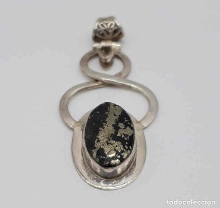Joyeria: Magnífico colgante de diseño art nouveau en plata de ley contrastada y cabujón piedra semipreciosa - Foto 6 - 180162118