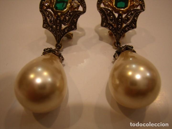 Joyeria: Pendientes largos vintage piedra verde, circonios, chapado oro, cierre omega, Nuevos sin usar. - Foto 8 - 180458408
