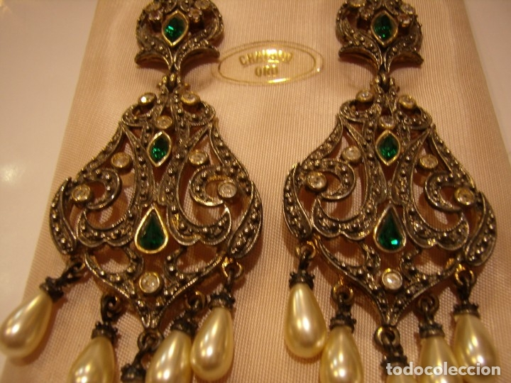Joyeria: Pendientes largos vintage chapado oro piedra verde, circonios, años 80,cierre omega, Nuevo sin usar. - Foto 7 - 180482887