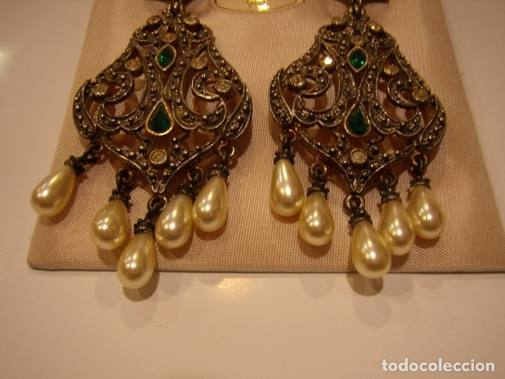 Joyeria: Pendientes largos vintage chapado oro piedra verde, circonios, años 80,cierre omega, Nuevo sin usar. - Foto 8 - 180482887