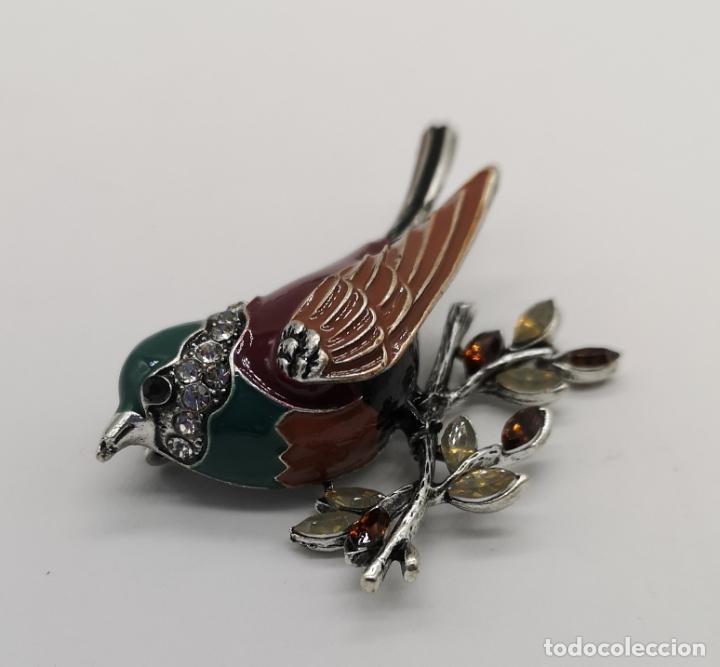 Joyeria: Precioso broche de gorrion con acabado en plata, esmaltes, circonitas talla brillante y pedrería . - Foto 4 - 190438032