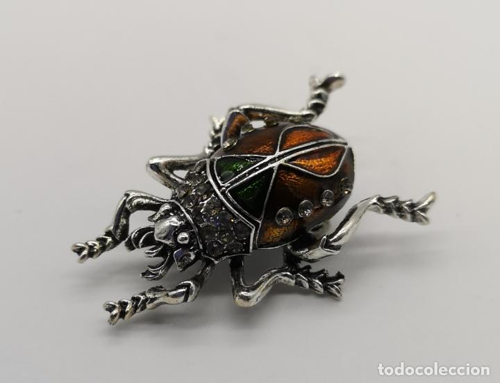 Joyeria: Elegante broche estilo art decó de escarabajo con acabados en plata, esmaltes al fuego y pedrería . - Foto 3 - 180862468