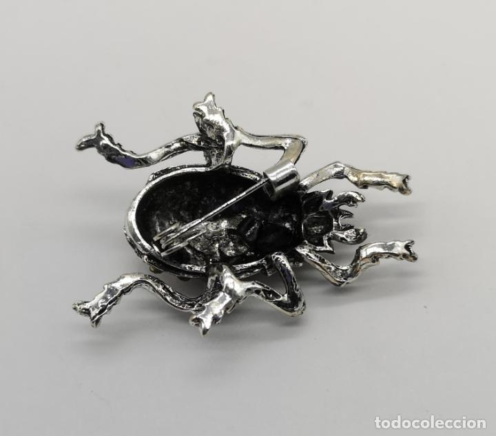 Joyeria: Elegante broche estilo art decó de escarabajo con acabados en plata, esmaltes al fuego y pedrería . - Foto 5 - 180862468