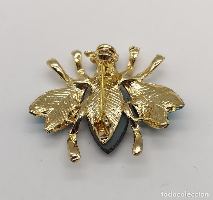 Joyeria: Elegante broche con forma de insecto, acabados en oro, esmaltes y cristal austriaco facetado . - Foto 5 - 180865626