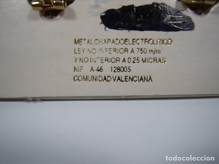 Joyeria: Pendientes vintage chapado oro 18 kt, circonios, años 80, cierre omega, Nuevos sin usar. - Foto 2 - 180870205